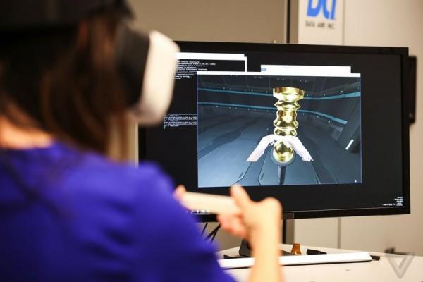 英特尔研发Project Alloy VR头显