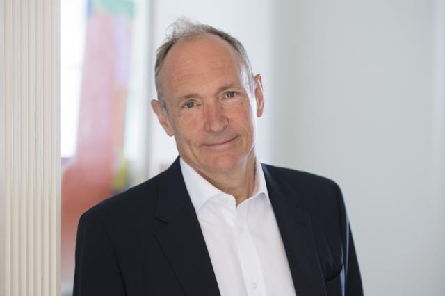 知识图谱先驱 蒂姆·伯纳斯 - 李爵士赢得 2016 年度图灵奖