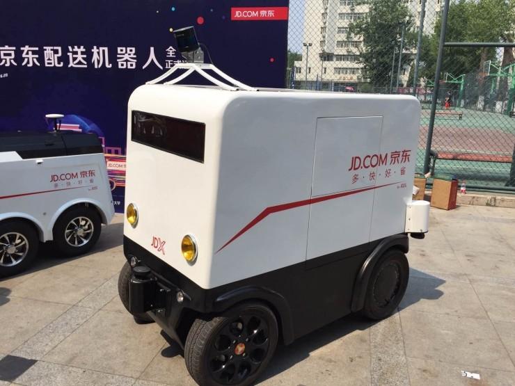 无人配送进入校园,京东打算批量部署自动驾驶技术