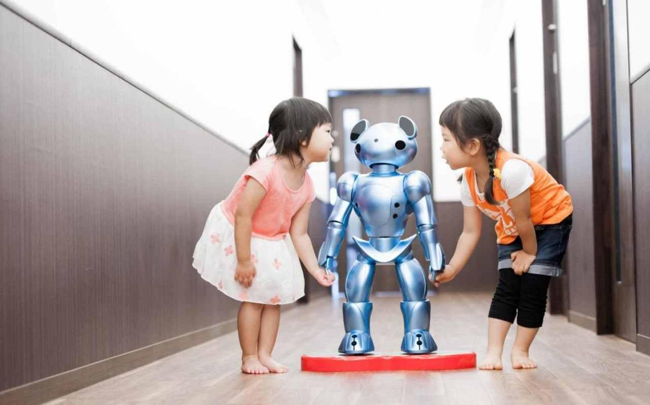 日本公司推出感应机器人!欲缓解劳动力短缺