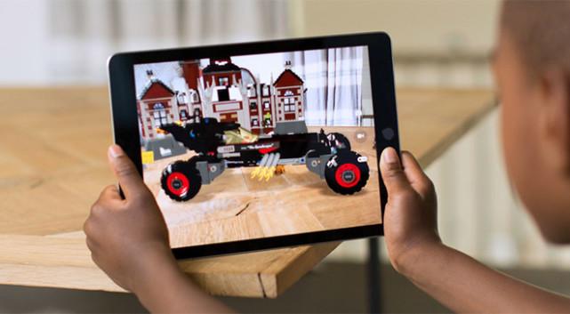 为iPhone X发售做准备 苹果号召开发者推AR软件