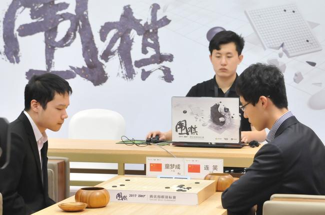 腾讯绝艺AI下一步将学习AlphaGo zero 自对弈训练