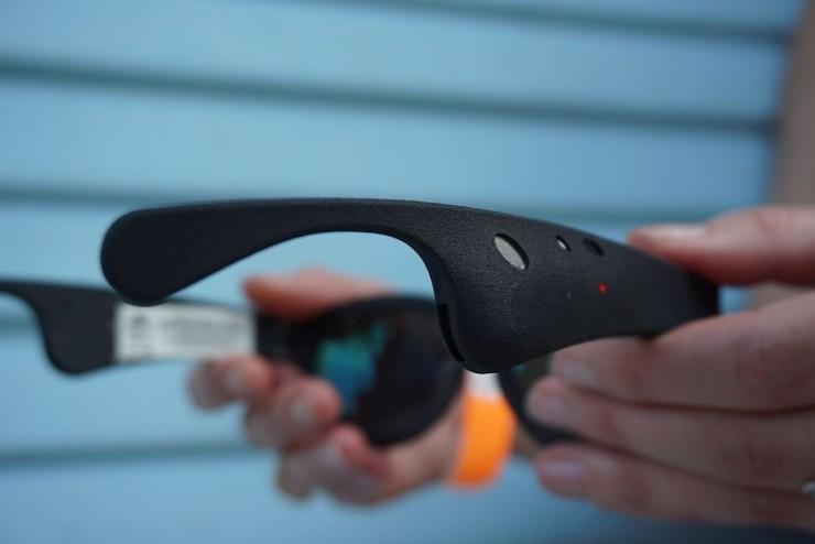 "Bose出了款""AR""眼镜,只能听,不能看"