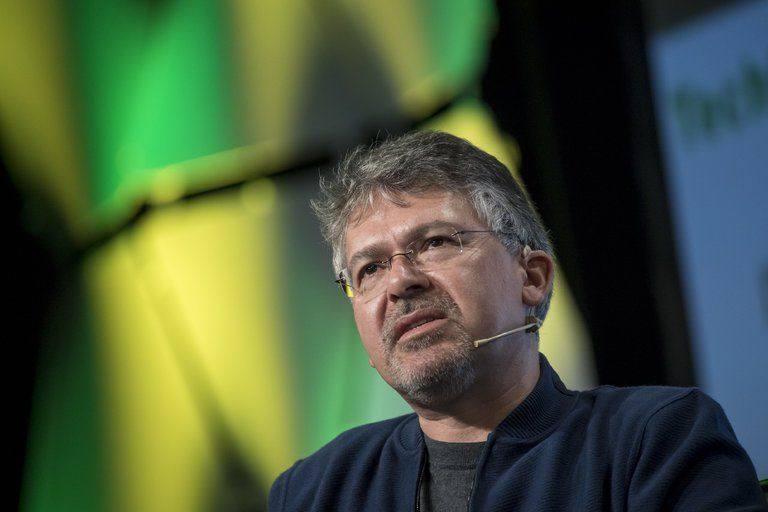 谷歌高级副总裁离职24小时闪电加盟苹果:全权负责机器学习与AI