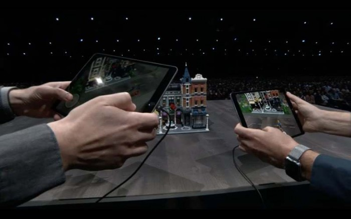 苹果AR主管详解ARKit 2:从玩具变成工具