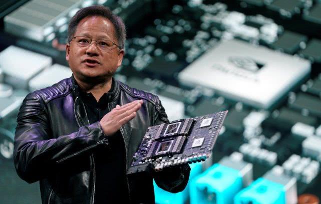 去年两大芯片股表现迥异:AMD大涨71% 英伟达大跌32%