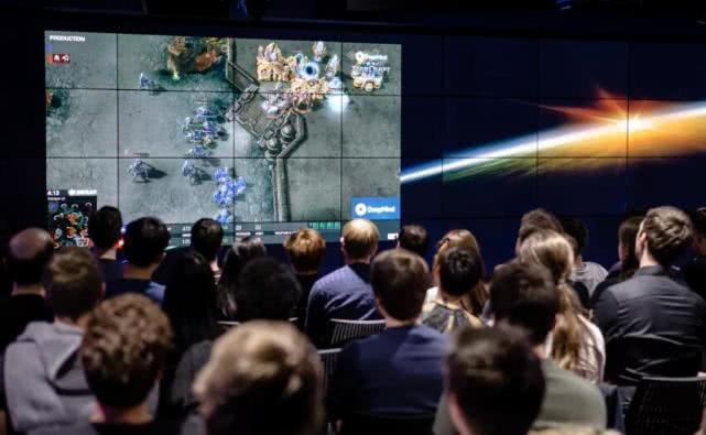 史上首次!谷歌AI玩家在星际争霸II中击败人类